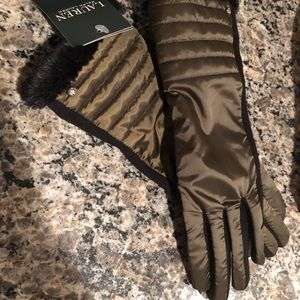 NWT Ralph Lauren Beautiful Woman's Gloves